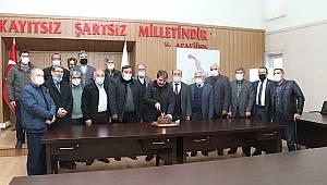 Başkan Sarı'nın göreve başlamasının üçüncü yıl dönümünde MHP'den özel kutlama