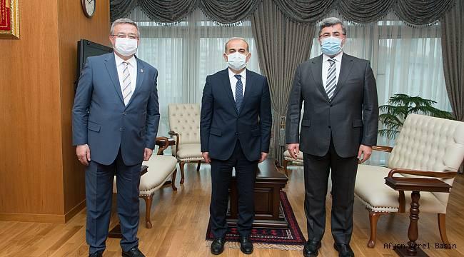 Yurdunuseven ve Özkaya'dan SGK Başkanı Yılmaz'a ziyaret