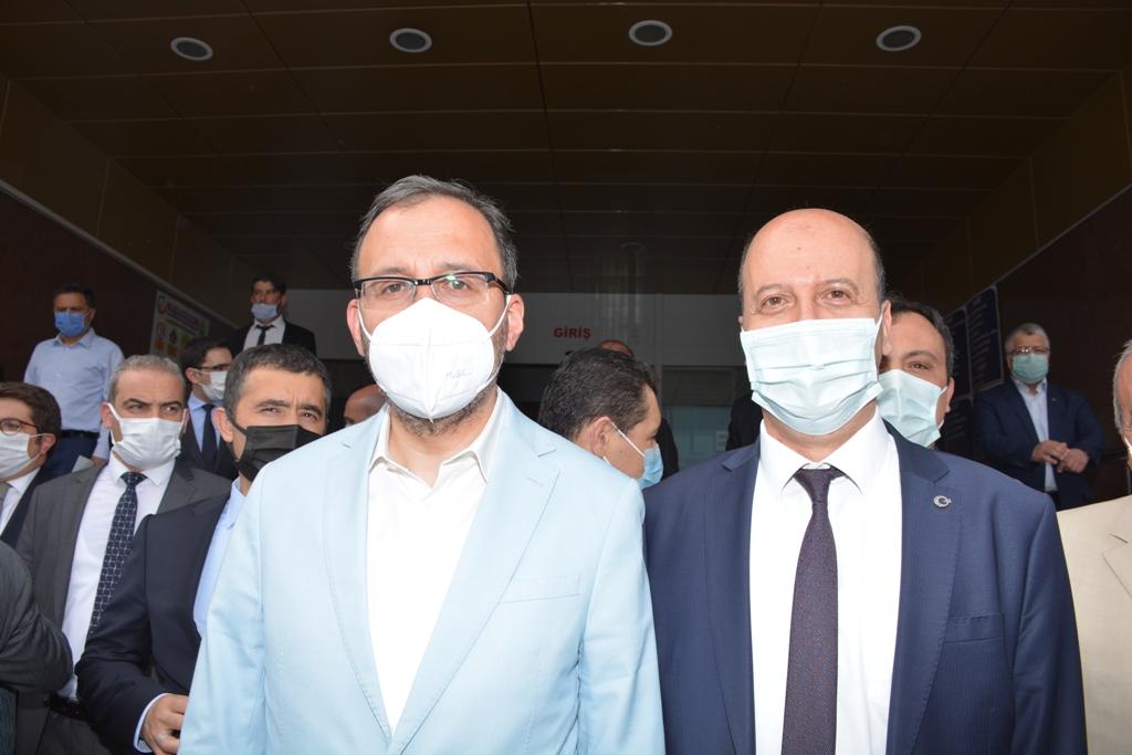 Başkan Bozkurt'tan Yeni Kapalı Spor Salonu Müjdesi!