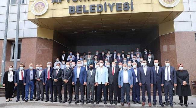 """Başkan Koyuncu,""""Emirdağ'ımız sporun da merkezi oluyor"""""""