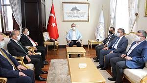 Gençlik ve Spor Bakanı Dr. Mehmet Kasapoğlu, Vali Gökmen Çiçek'i ziyaret Etti