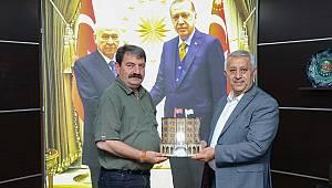 Afyonkarahisar Belediye Başkanı Zeybek'ten Başkan Sarı'ya ziyaret
