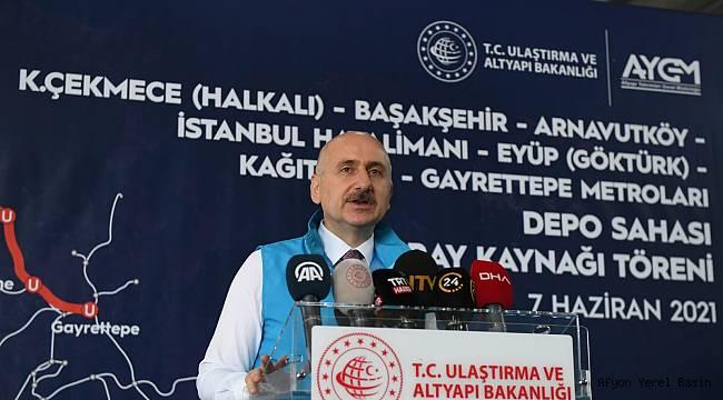 Bakan Karaismailoğlu, Halkalı ve Gayrettepe Metroları Depo Sahası İlk Ray Kaynağı Töreni'ne katıldı.