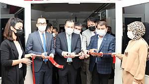 Başkan Sarı, e-twinning sergi açılışına katıldı
