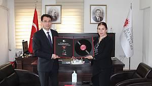 Cumhuriyet Başsavcısı Mustafa Çelenk'ten, Münire Burcu'ya Veda Ziyareti