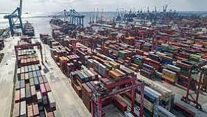 Ocak-Mayıs döneminde ihracat %38,3, ithalat %25,2 arttı