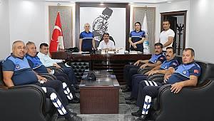 Belediye Personellerinden Başkan Sarı'ya Bayram ziyareti