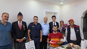 Gazi Ahmet Karakuş Babaevinde Ziyaret Edildi.