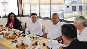 Vali Çiçek, UNESCO Türkiye Milli Komitesi Üyeleri ile Bir Araya Geldi