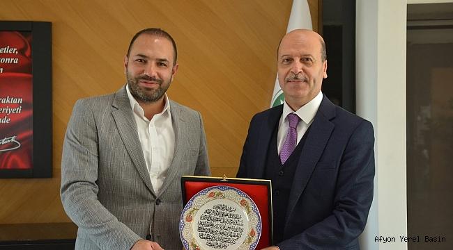 Başkan Bozkurt'tan Eroğlu'na hayırlı olsun ziyareti