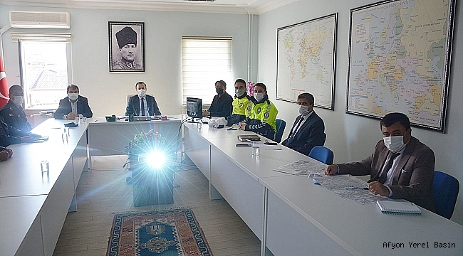 Dinar İlçesinde Trafik Komisyonu toplantısı yapıldı