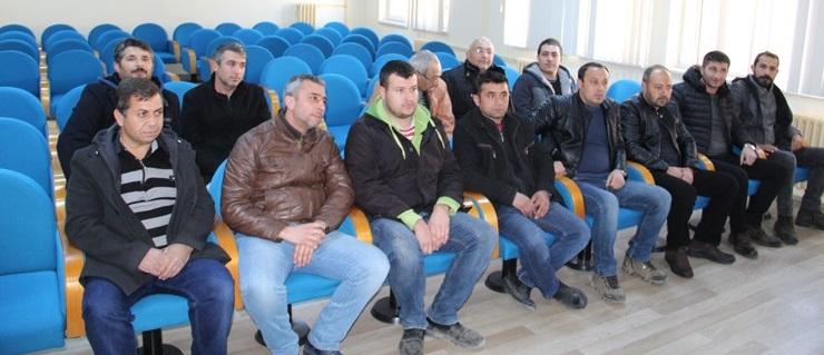 Dinar'da 15 Kişi Kadroya Geçti..