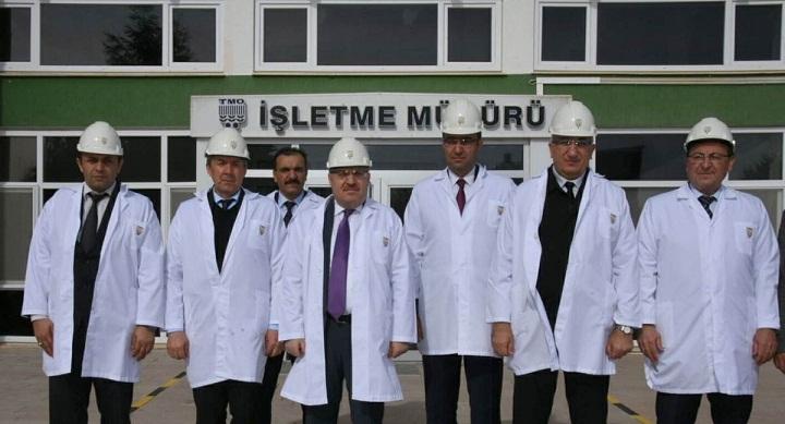 Vali Tutulmaz Afyonkarahisar Alkaloid Fabrikasını Ziyaret Etti