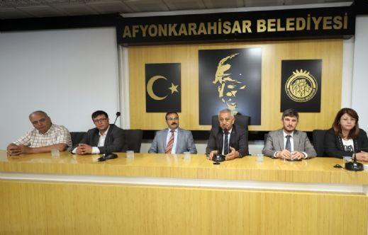 Başkan Zeybek Personeliyle Bayramlaştı