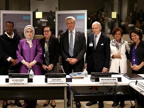 """Emine Erdoğan, """"afrika Ve Myanmar'a Yönelik İnsani Yaklaşımlar"""" Konulu Toplantıya Katıldı"""