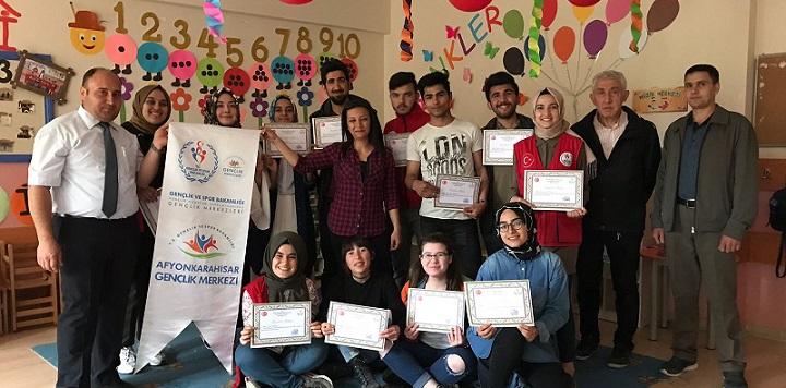 Afyonkarahisar Gençlik Merkezi Kızıldağ İlkokulunda Gönüllere Dokundu