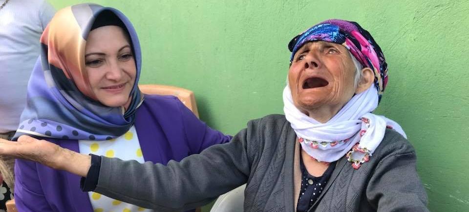 Milletvekili Adayı Rasime Fedakar İscehisar'a çıkarma Yaptı