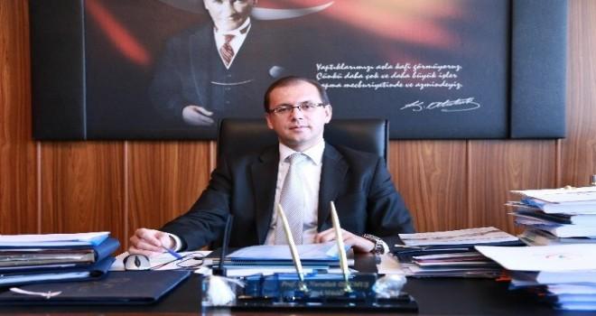 Yeni üniversitenin Rektörü Prof. Dr. Okumuş Oldu