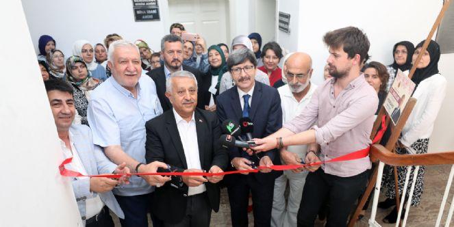 Belediye Ve Hem Kurslarının Yıl Sonu Sergisi Açıldı