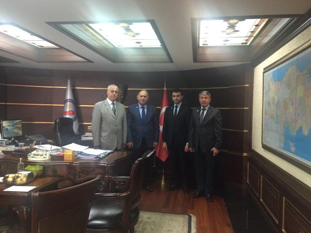 Ankara'daki Afyonkarahisarlılar ömer Doğanay'ı Ziyaret Etti
