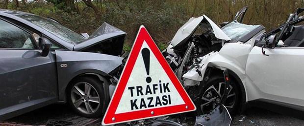 Afyon'da Otomobiller çarpıştı 2 Yaralı