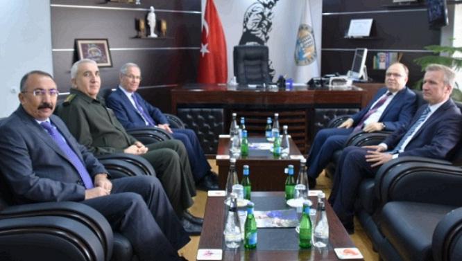 Vali Mustafa Tutulmaz Dinar Belediyesini Ziyaret Etti