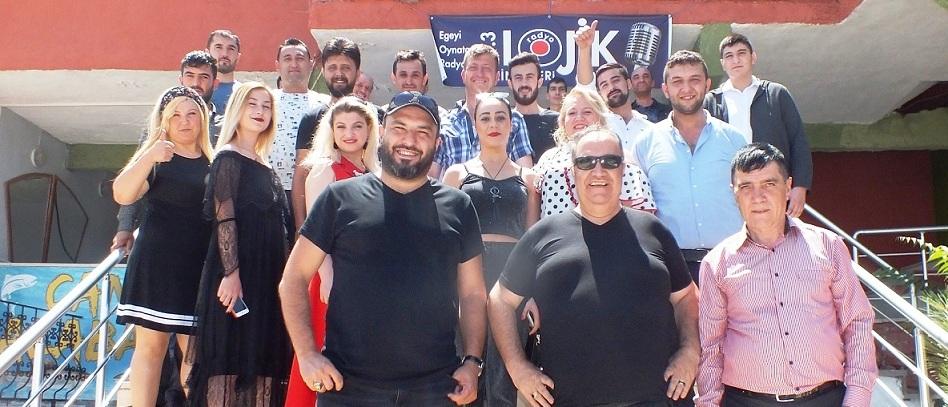Radyo Lojik çalışanları Hıdırlık Seyir Restorant'da Buluştu