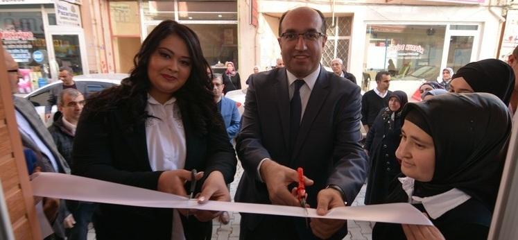 Başkan Mustafa çöl İşyeri Açılışına Katıldı