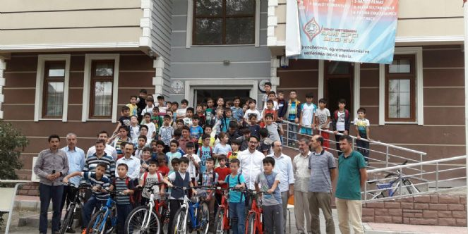 Yaz Okuluna Katıldılar Bisikletleri Kaptılar