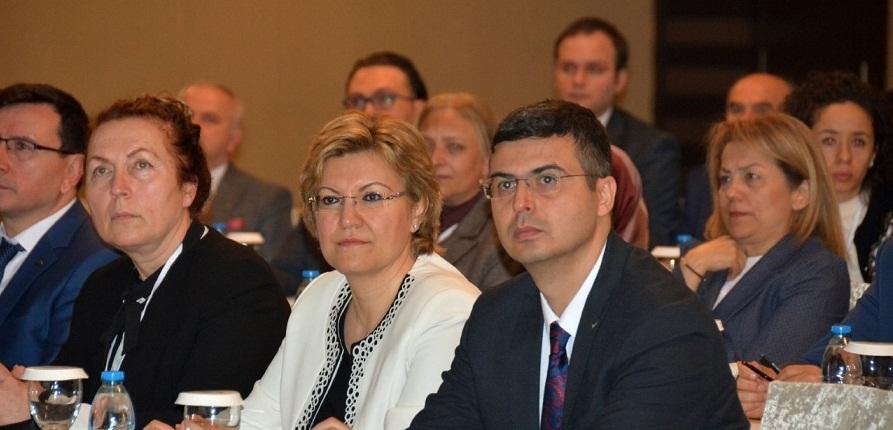 81 İl Halk Sağlığı Başkanı İlimizde Değerlendirme Toplantısı Yapıyor