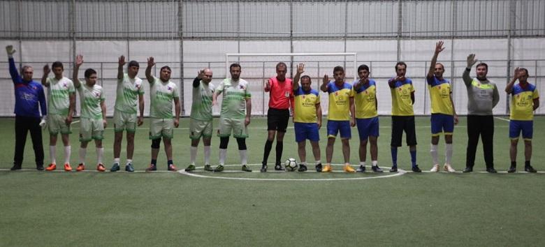 Futbolda şampiyon Dervişoğlu Mermer