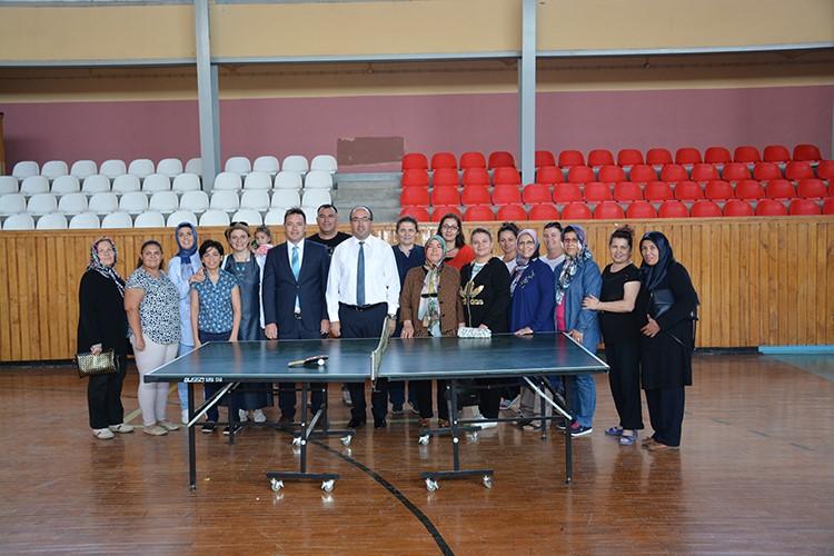 Turnuva ödülleri Başkan Mustafa çöl'den