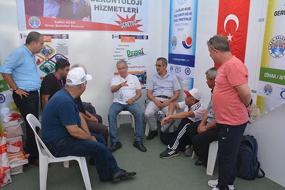 Dinar Belediyesi Gerontoloji Standı Büyük İlgi Gördü