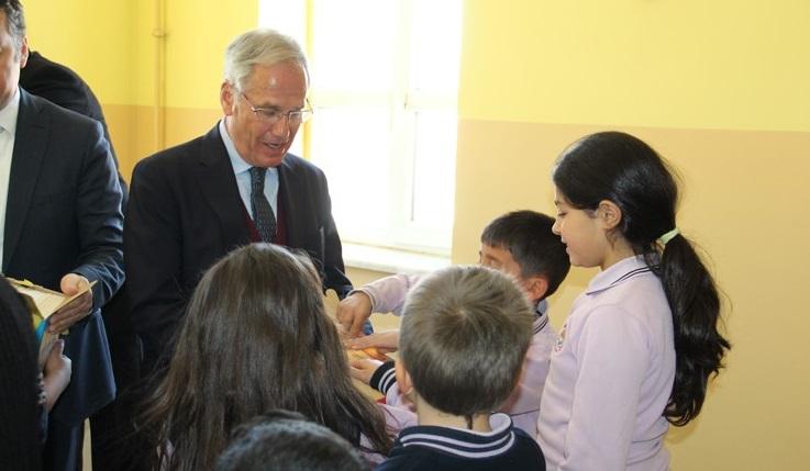 Dinar'da Kütüphaneler Haftası Kutlandı
