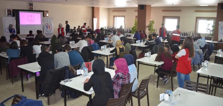 Gençler Arası Biligi Yarışması Yapıldı