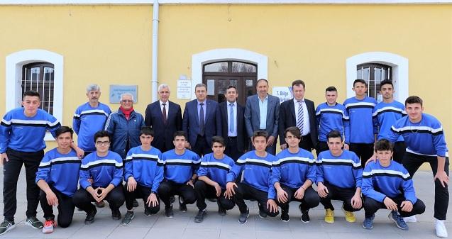 Tcdd Yönetimi Demirspor'u Burdur'a Törenle Uğurladı