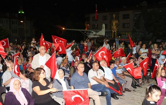Dinar'da 30 Ağustos Kutlamaları