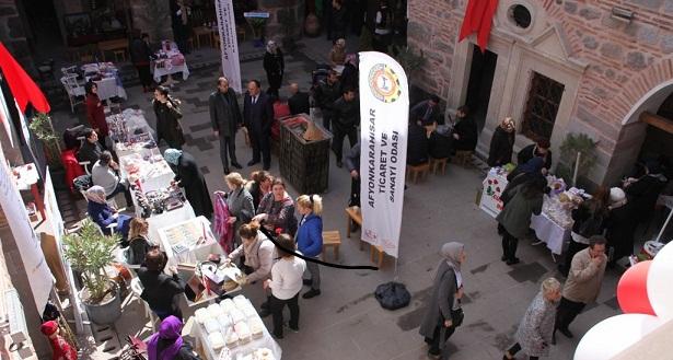 Tarihi Taşhan, Kadınlar Günü'nde Açıldı