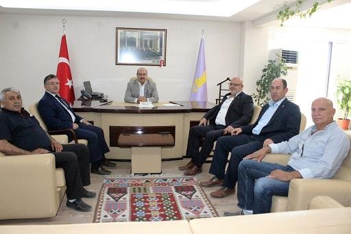 Karagöz Ve İgm üyelerinden Esob Başkanı Konak'a Ziyaret